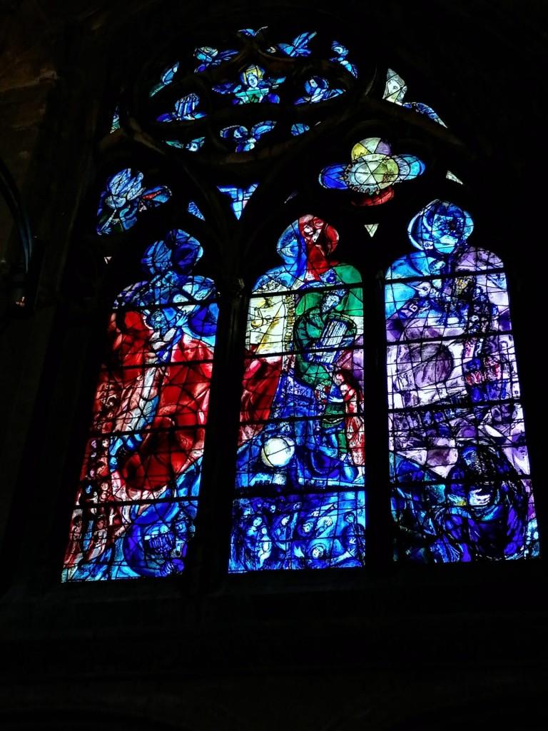Die berühmten Fenster von Marc Chagall